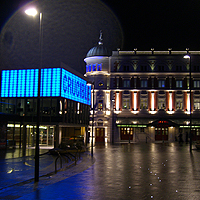 Photo of Crucilble and Lyceum lit up at night